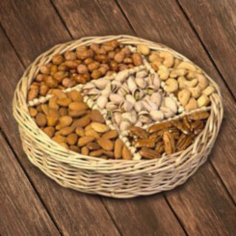 http://www.simonianfarms.com/image/cache/data/gift_pack_nuts/Nuts-800x800.jpg