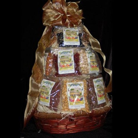 http://www.simonianfarms.com/image/cache/data/gift_pack_photos/tabletopbasket-800x800.jpg